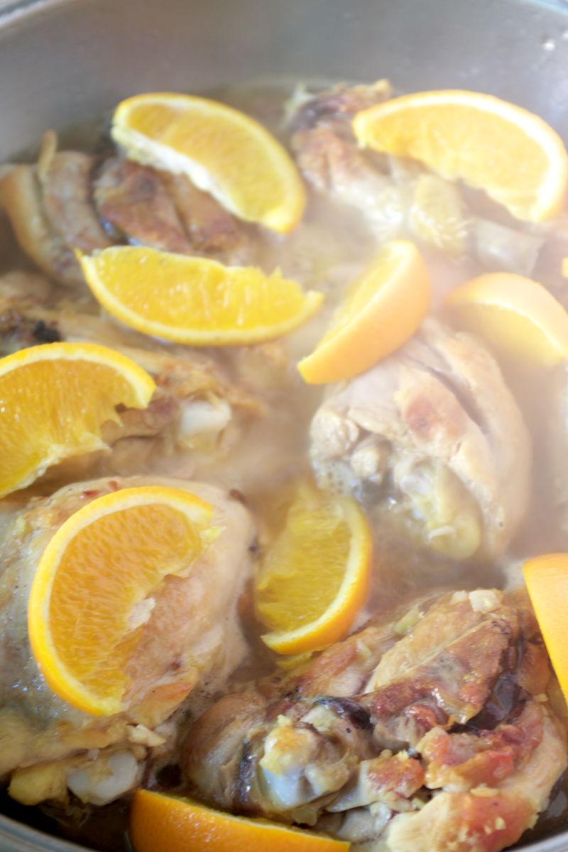 Cocinando Pollo con Naranja y Canela