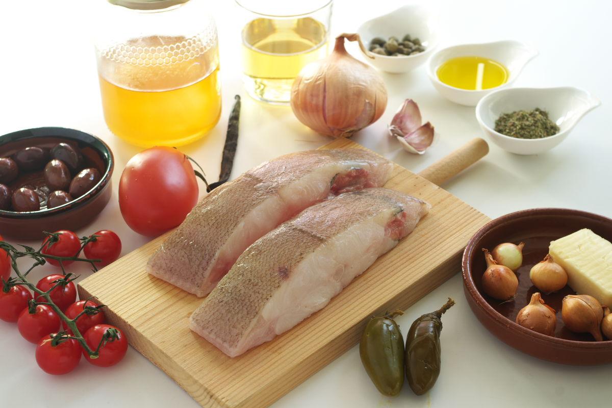 Ingredientes para Pescado a la Veracruzana estilo Enrique Olvera preparado con Gallo