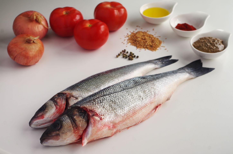 Ingredientes para Lubina con Tahini
