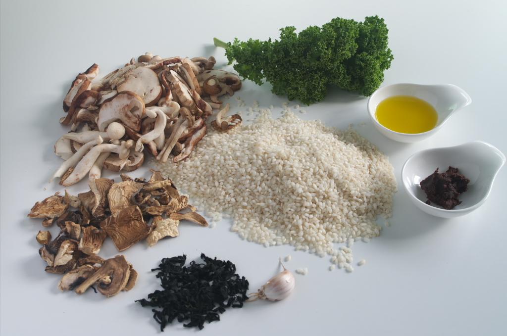 Ingredientes para preparar Arroz con setas, kale y miso